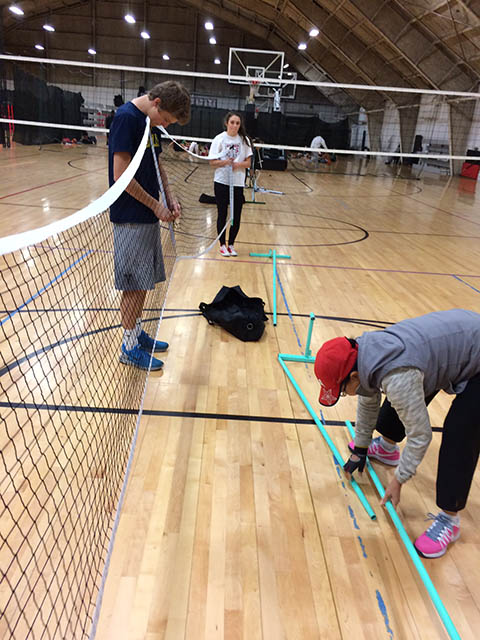 setting up picklball court
