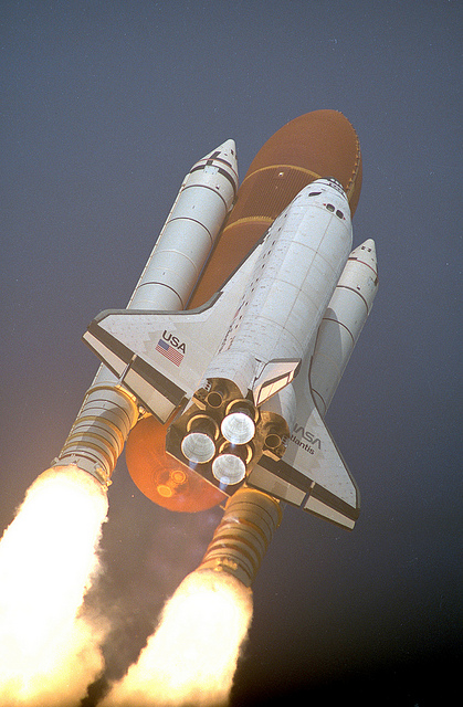 Nasa image of STS-45 launch