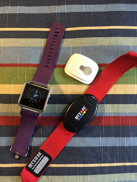 Image of 3 fitness tracker devices