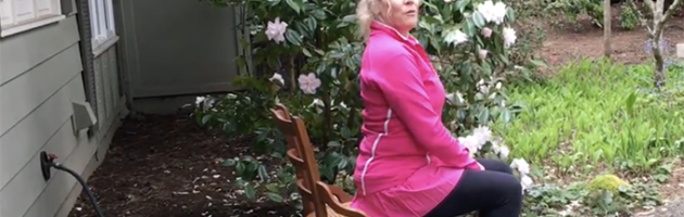 Image of trainer Laura Coleman domonstrating quick tip of shoulder posture
